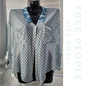 FREE PEOPLE Blue Floral Sheer High Low Blouse XS
